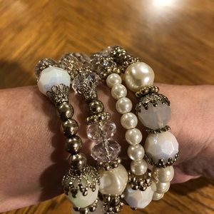 Gold and faux pearl bracelet- costume jewelry